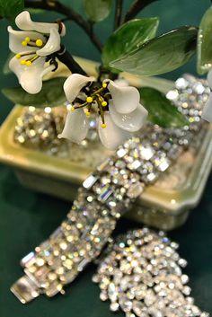 Diamonds are a girl's best friend. Ring Armband, Diamond Girl, Diamond Are A Girls Best Friend, Diamond Jewelry, Diamond Bracelets, Bangles, Marie, Fine Jewelry, Jewellery
