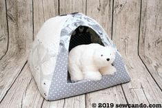 I'm excited to start the new year with a fun new project tutorial and a matching fabric giveaway to go with it! Critter Nation Cage, Stitch Patterns, Crochet Patterns, Sewing Patterns, Pet Beds, Dog Bed, Diy Gift Box, Cat Crafts, Pattern Paper