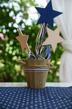 Όμορφη βάπτιση αγοριού σε μπλε και μπεζ αποχρώσεις με θέμα τα αστέρια Baptism Ideas, Boy Baptism, Christening, Little Star, Beautiful Boys, Baby Boy, Beige, Table Decorations, Stars