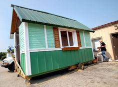 Nos EUA, organização constrói casa de 7 mil reais em dois meses para sem-teto da cidade #WorthReading