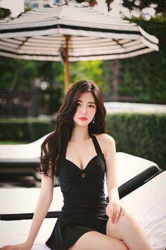 How to Get Glowing Skin – 15 Simple ways Pretty Asian Girl, Cute Asian Girls, Beautiful Asian Women, Asian Cute, Korean Beauty Girls, Asian Beauty, Japanese Beauty, Asian Fashion, Girl Fashion