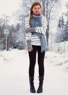 The article and comments are overwhelmingly anti-leggings-as-pants, but this outfit is pretty cute.