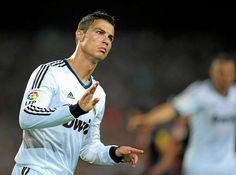 Cristiano's 'Clásico' classics - Real Madrid fans are once again pinning everything on Cristiano Ronaldo. CR7 returns to Barcelona after leaving his personal mark on the last five games played there. He's scored six goals in five visits, making him a 'Clásico' classic if ever there was one.  MARCA.com (English version)