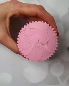 Cake Decorating Company, Cupcake Decorating Tips, Cake Decorating Frosting, Cake Decorating Designs, Creative Cake Decorating, Cake Decorating Supplies, Cake Decorating Techniques, Creative Cakes, Cookie Decorating