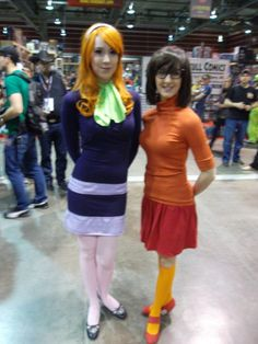 Daphne and Velma (who has a kid i swore was THELMA, which makes far more sense to my brain). #costumes #cosplay