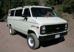 4x4 Chevy Van, 350 4Bbl V8/TH350 auto