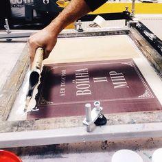 Silkscreen process.