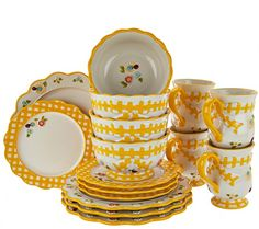 Give your everyday dining experience a dash of garden charm with this Temp-tations Gingham Garden dinnerware set. Delicately hand-painted accents are beautifully done in bold colors for a splash of color. From Temp-tations(R) Ovenware. QVC.com