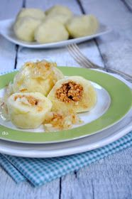 In my coffee kitchen: Potato dumplings with meat Polish Recipes, Polish Food, Czech Recipes, Ethnic Recipes, My Favorite Food, Favorite Recipes, Easter Dishes, Austrian Recipes, Food Crafts