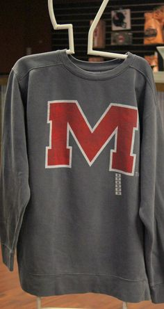 Ole Miss  M Sweatshirt