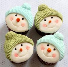 Snowman cupcakes - christmas cupcakes - christmas treats #christmascupcakes #cupcakes #christmas