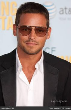Justin chambers a.a Dr Alex Karev in casuals Short Hairstyles 2015, Hairstyles Haircuts, Haircuts For Men, Greys Anatomy Alex Karev, Short Hair Cuts, Short Hair Styles, Justin Chambers, Lionel Richie, Pretty Men