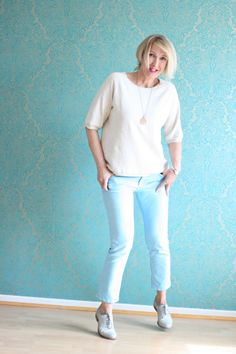 A fashion blog for women over 40 and mature women http://glamupyourlifestyle.blogspot.de/  Sweater: Zara Pants: Closed Shoes: Görtz