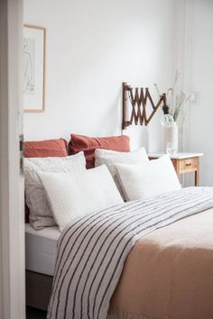 Layered pillows with