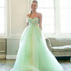 Strapless Sweetheart Embellishment Bodice Long Prom Dresses http://www.ckdress.com/strapless-sweetheart-embellishment-bodice-long-prom-dresses-p-292.html