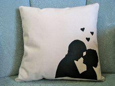 http://homestitched.blogspot.com/2011/02/love-struck-pillows.html