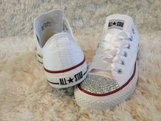 Customised Crystal White Low Top All Star Converse with Blinged Crystal Toes & White Satin Ribbon Laces Custom Order Womens Adults Shoes Gold Prom Shoes, Bling Wedding Shoes, Converse Wedding Shoes, Bling Converse, Designer Wedding Shoes, Custom Converse, Converse Shoes, Cheap Converse, Womens White Converse