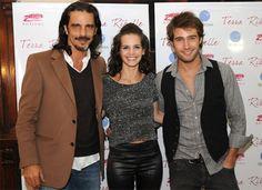 Sparrow (Sabrina Garcia) and Ian (Rodrigo Diaz) at one of his concerts