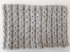 Alvariina : Ohje: Neulottu panta ja virkattu kukkanen Merino Wool Blanket, Knitting, Crochet, Pattern, Berets, Inspiration, Accessories, Beanies, Hoodies