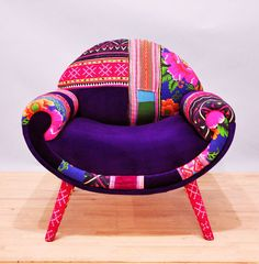 Smiley Patchwork armchair • Handmade item • Materials: beech wood construction, foam rubber, Thai Hmong fabrics, Turkish velvet fabrics.
