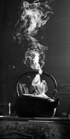 Commemorating the art of Richard Tudor Hibbert: Steaming Tea Kettle