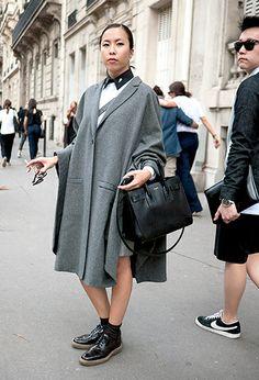 (en mi sección abrigos chachis)  from: Low Classic Style @LeLook