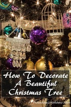 Need some help with making your Christmas tree look beautiful? Follow these easy steps to find how to decorate a Christmas tree. Elegant Christmas Trees, Blue Christmas Decor, Christmas Decorations For The Home, Gold Christmas, All Things Christmas, Christmas Time, Christmas Crafts, Christmas Bulbs, Christmas Tables
