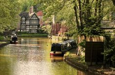 Worsley,  in the metropolitan borough of the City of Salford, in Greater Manchester. On the Bridgewater Canal that connects Runcorn, Manchester and Leigh, in North West England.