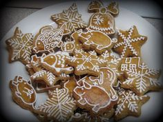 drobné Gingerbread Cookies, Thanksgiving, Desserts, Christmas, Food, Crack Crackers, Gingerbread Cupcakes, Tailgate Desserts, Xmas