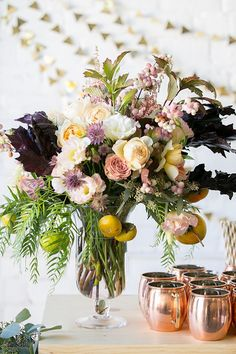 10 Beautiful Floral Arranging Tips from a Pro for DIY Florals at Home!
