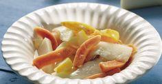 Frugtsalaten er syltet og er rigtig god at servere til ost.