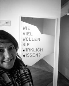 Gute Frage - oder nicht? Die Ausstellung in der @whitebox.art beschäftigt sich mit #Geheimnissen  'How much do u really want to know?'   #lovemylife  #secrets #onmyway #bw #poetry #mpfund #writer #munich #enjoy #writersoninstagram  #discover #book #gameofthrones  #poet  #history #weekend #selfie  #writersofinstagram  #writingforlife #me  #artinwords #art #blutfoehre  #smile