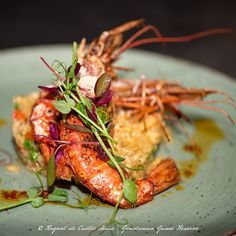 On the menu | A warm winter favourite is the Mozambique Prawn Risotto With red pepper, red pesto, fresh garden peas, prawn meat and topped with a queen prawn. 📸 Raquel de Castro Maia