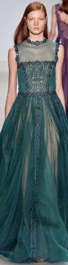 Tadashi Shoji Fall 2015 Ready-to-Wear Fall Fashion Week, Fashion Show, Autumn Fashion, Fashion 2015, Tadashi Shoji, Couture Dresses, Fashion Dresses, Vintage Looking Dresses, Japanese Fashion Designers