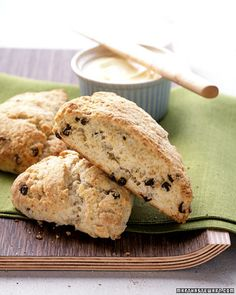 When you want a small baked treat for brunch or afternoon tea, scones fill the bill. Find 15 sweet and savory recipes, including cheddar-and-chive scones, lemon-cream scones, and more. Brunch Recipes, Breakfast Recipes, Scone Recipes, Brunch Ideas, Easy Recipes, Currant Scones Recipe, Currant Recipes, Biscotti, Martha Stewart Recipes