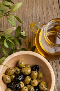 http://www.oilwineitaly.com Olives & oil #olives #oliveoil #yum