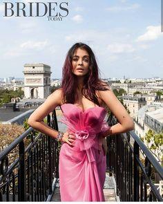 Bollywood Actress Aishwarya Rai Hot Cleavage Photos for Brides Magazine. Aishwarya Rai Photo, Actress Aishwarya Rai, Aishwarya Rai Bachchan, Bollywood Actress, Deepika Padukone, Bollywood Photos, Bollywood Celebrities, Bollywood Posters, Bollywood Style