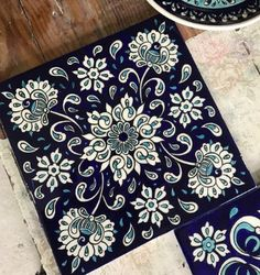 Turkish Tiles, Turkish Art, Henna Canvas, World Cultures, Pattern Paper, Paper Design, Folk Art, Projects To Try, Blue And White