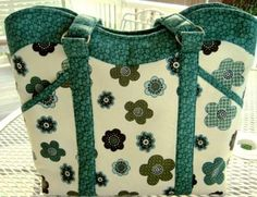 Looking for sewing project inspiration? Check out Wavy Top Handbag/Tote by member sweetbeebuzzings@gmail.com.