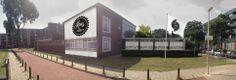 ESCAMP/ KEU'S GENOEG - Het oude stadsdeelkantoor Escamp is verbouwd tot verzamelgebouw voor ondernemers en verenigingen actief in sport, hobby of spel. Keu's Genoeg speelt in op de behoeftes van de buurt en bevordert sociale cohesie, gezonde voeding, educatie en beweging. De invulling sluit aan op de ontwikkeling van de Sportcampus in het Zuiderpark. Eigenaar is de gemeente. Adres: Genemuidenstraat 208