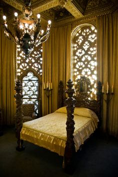 victorian bed bedroom chandelier decor interior design goth gothic home