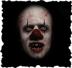 evil clown Clown Pants, Horror Photos, Very Scary, Freaky Clowns, Evil Clowns, Creepy Art, Clown Makeup, Halloween Makeup, Halloween Ideas