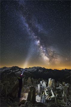 Is there anybody out there - Hiker admiring Milky Way