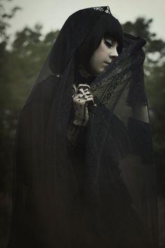 Gothic Fashion // sakesuality: Gothic lolita photoshoot - part 8. ...