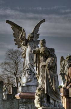 angel and grieving woman Nottingham Rock Cemetery. The whole city is built on caves and so the cemetery has many rock vaults Cemetery Angels, Cemetery Statues, Cemetery Art, Angels Among Us, Angels And Demons, Old Cemeteries, Graveyards, I Believe In Angels, Angels