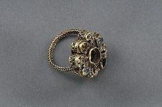 Ring, gold Burs, Gotland, Sweden  1250-1350