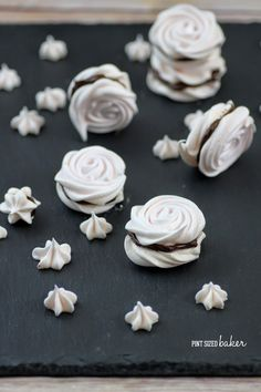 I love Meringue Cookies! I love the crisp shell and the light flavor. I love how they melt in your mouth and I love how they pair with almost everything.Have you ever made meringue cookies? Some people are so afraid of making meringue. I'm not sure why...