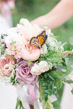 monach on the bridal bouquet