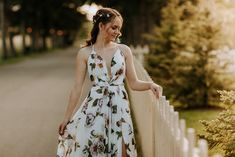 Jordan Conarroe is a Wedding Photographer based in Edson, Alberta, Canada. Prom Photography, Graduation Photos, Posing Ideas, Senior Girls, Calgary, Dress Ideas, Prom Dresses, Poses, Lifestyle