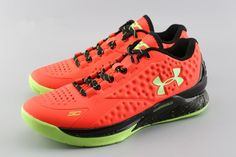 8b22fac246aa Under Armour Steph Curry 1 Low